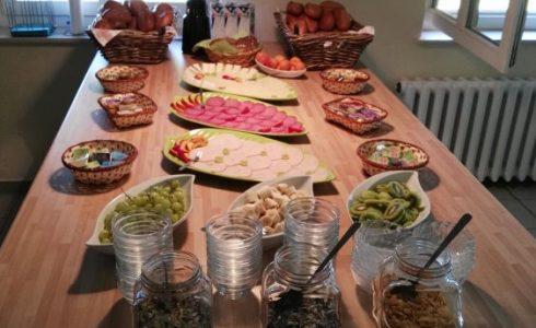 Frühstücks-Buffet (Foto: Volker Holtmeier)