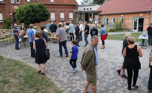 Eröffnungsfeier 2016 - Ansturm (Foto: Josefine Zander)